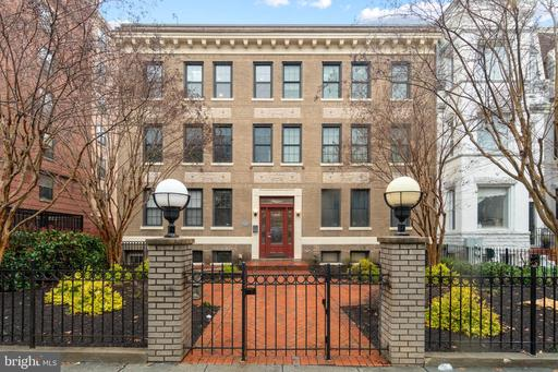 1361 IRVING ST NW #13