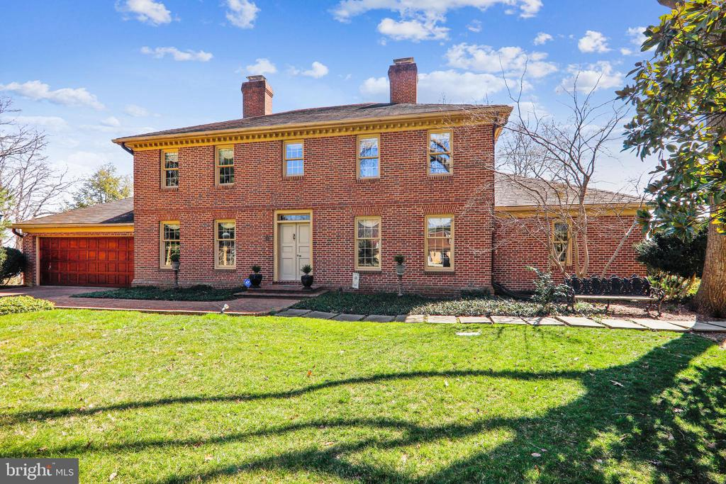 Beautiful  waterfront home along the Potomac River - 3903 BELLE RIVE TER, ALEXANDRIA