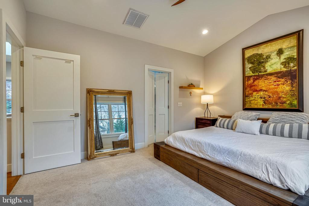 Primary Bedroom - 1605 BALTIMORE RD, ALEXANDRIA