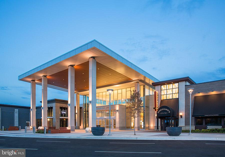 Springfield Town Center-shops & restaurants - 7839 VALLEYFIELD DR, SPRINGFIELD