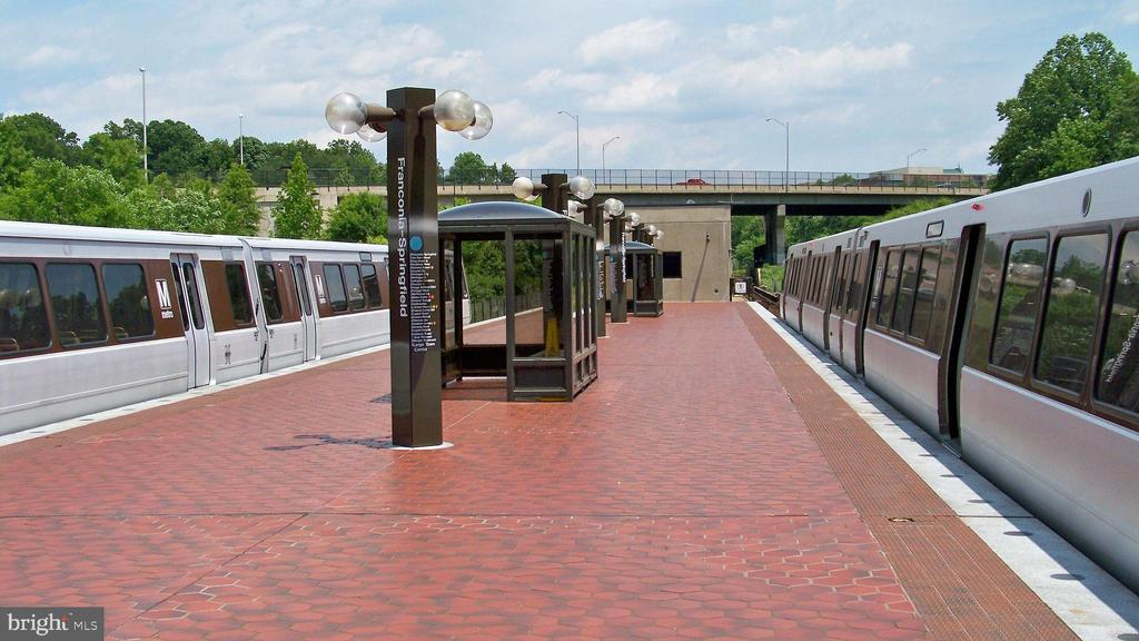 Franconia/Springfield Metro Station - 7839 VALLEYFIELD DR, SPRINGFIELD