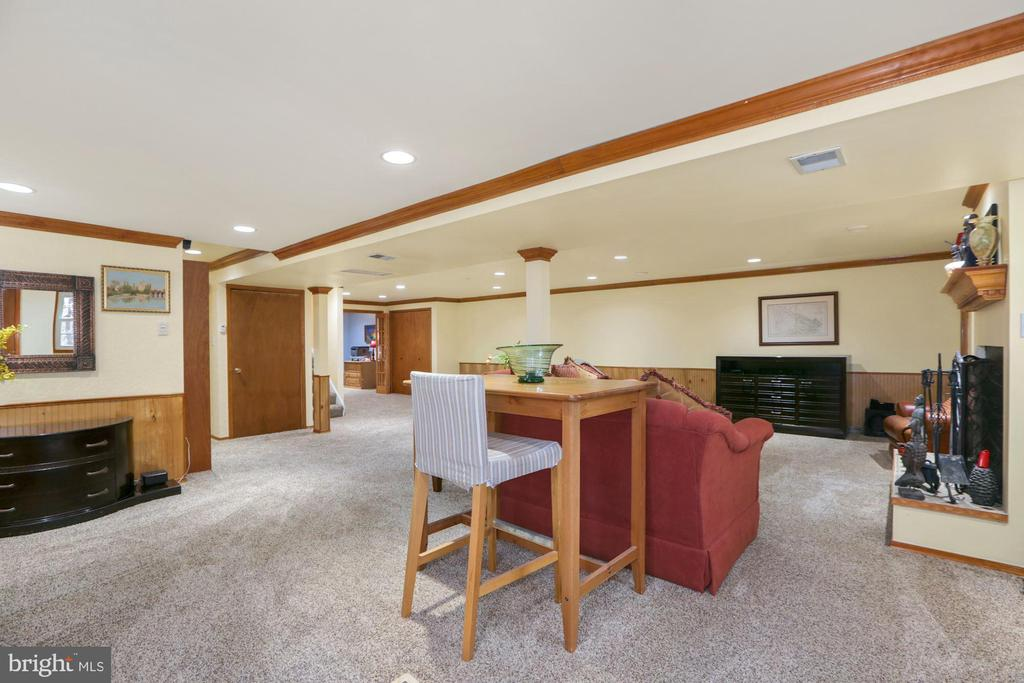 Recreation room on the lower level - 10613 PINEVIEW RD, MANASSAS