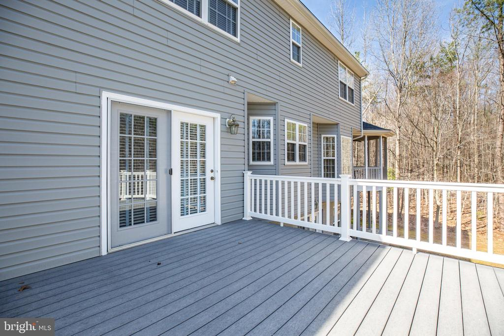 Rear Deck - 94 BROOKESMILL LN, STAFFORD