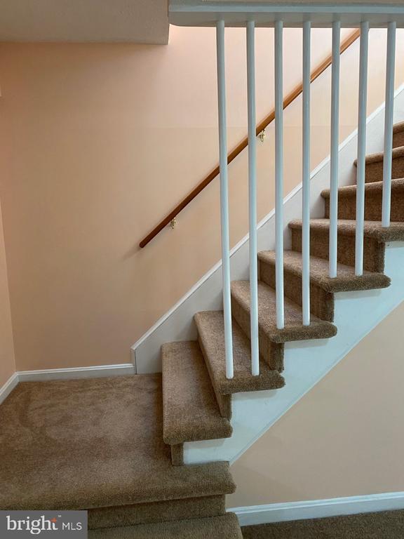 Stairway Exit to Lower Level - 2024 SCHOONER DR, STAFFORD