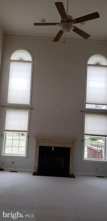 Family Room - 55 FOX LN, WHITE POST
