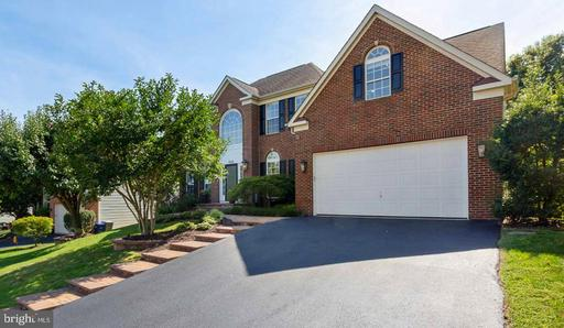 7026 CLIFTON KNOLL CT