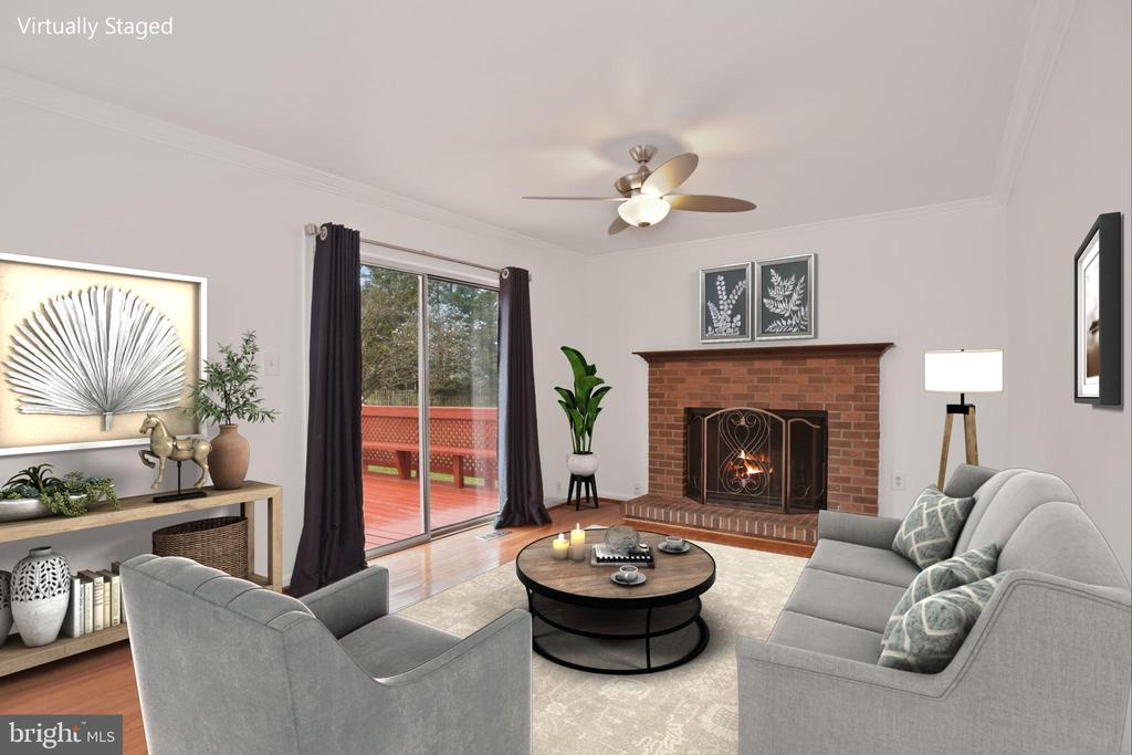 - 1510 MEADOW CHASE DR, HERNDON