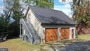 2 car detached garage with studio above - 37670 CHAPPELLE HILL RD, PURCELLVILLE