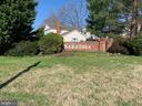 Saratoga Neighborhood - 8002 LAKE PLEASANT DR, SPRINGFIELD
