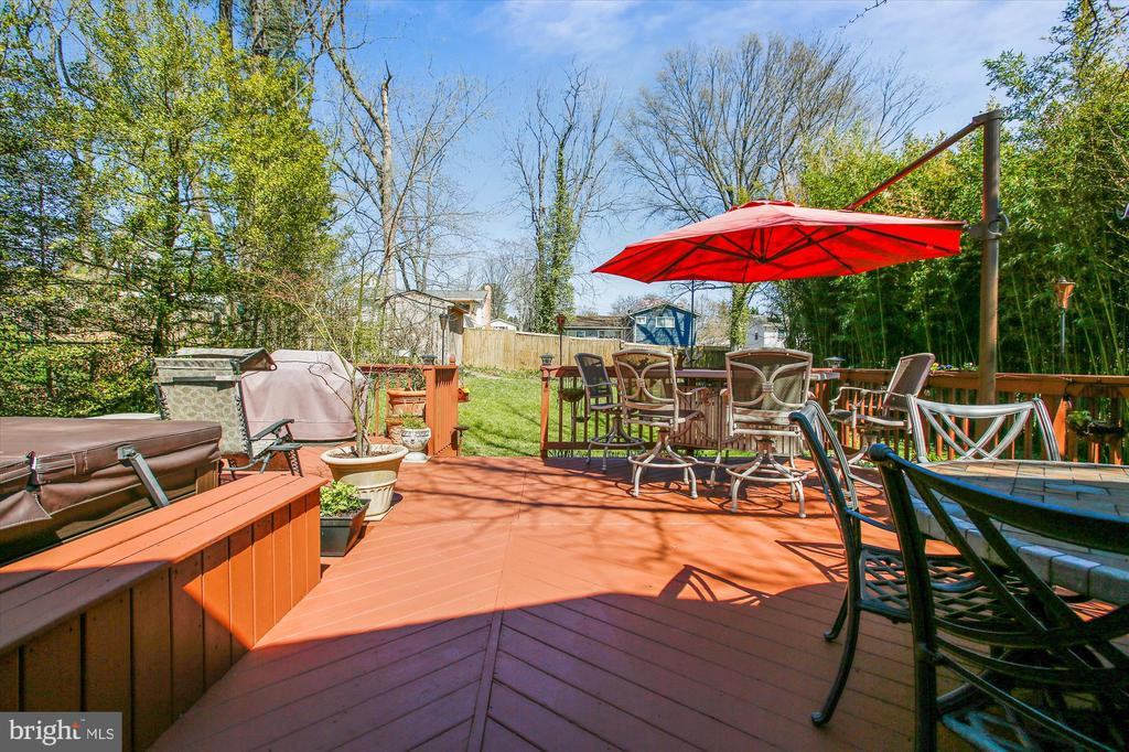 Deck - 3606 COLONY RD, FAIRFAX
