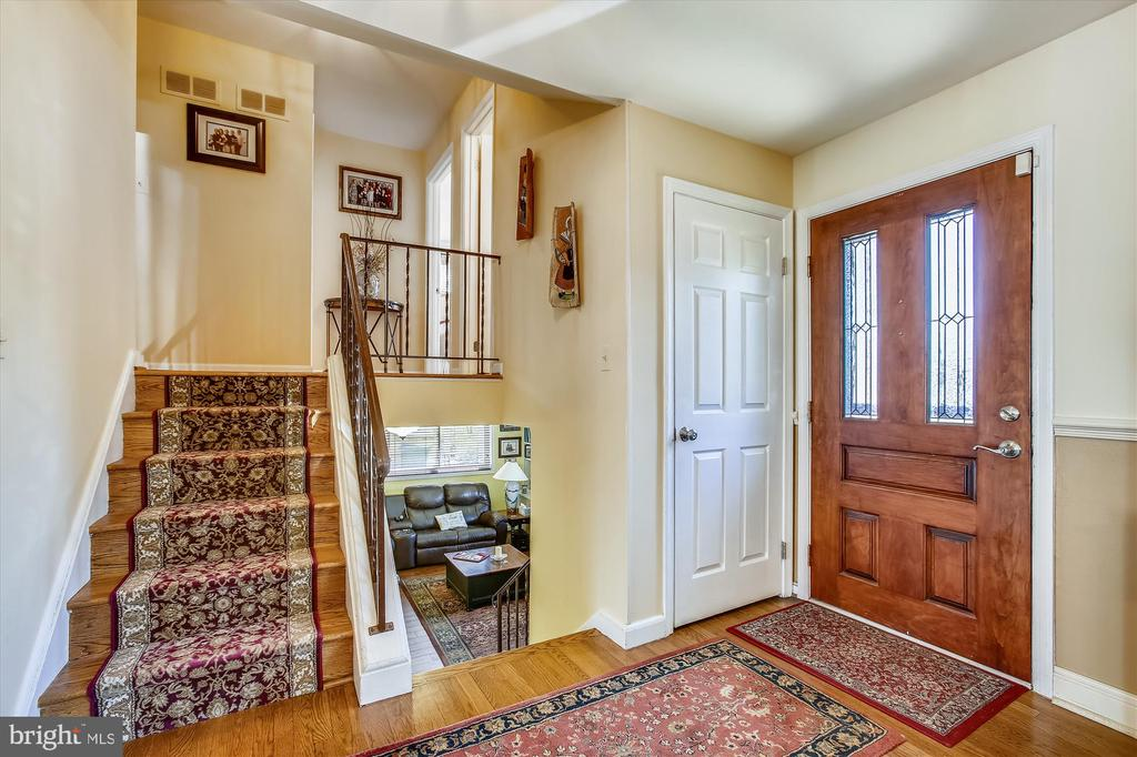 Foyer - 3606 COLONY RD, FAIRFAX