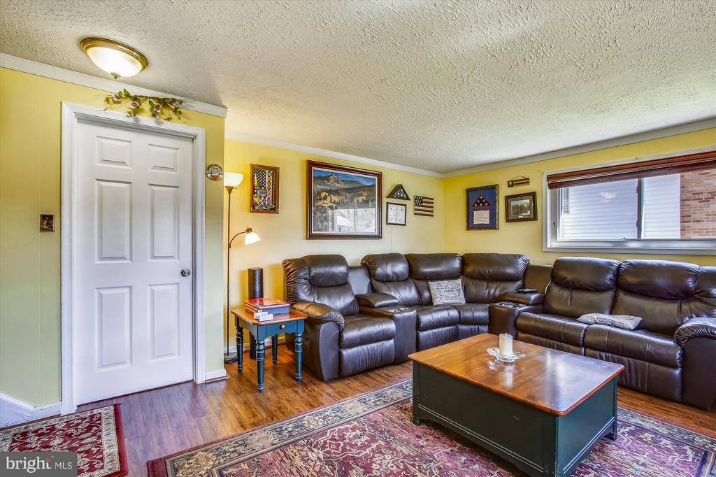 Family Room - 3606 COLONY RD, FAIRFAX