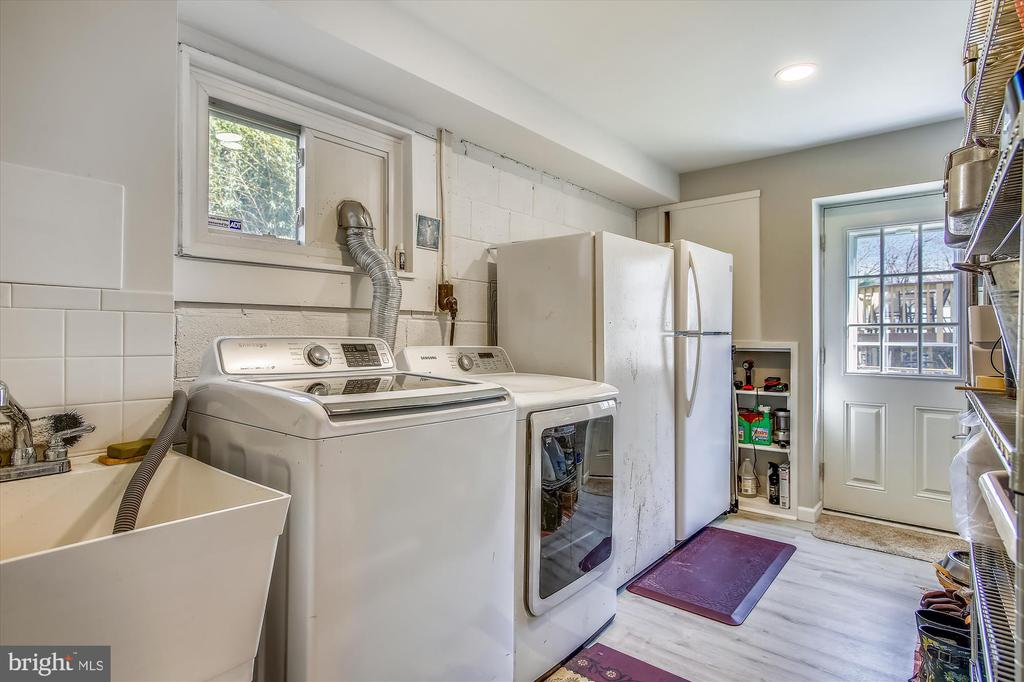 Laundry Room - 3606 COLONY RD, FAIRFAX