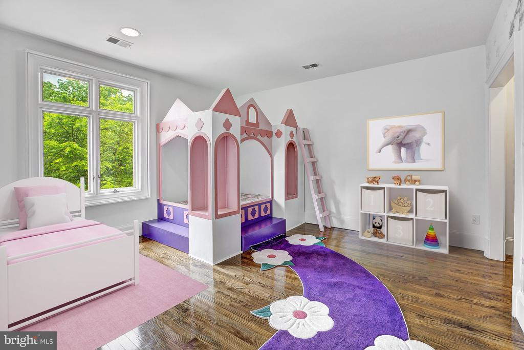 Child's Bedroom - 8313 PERSIMMON TREE RD, BETHESDA