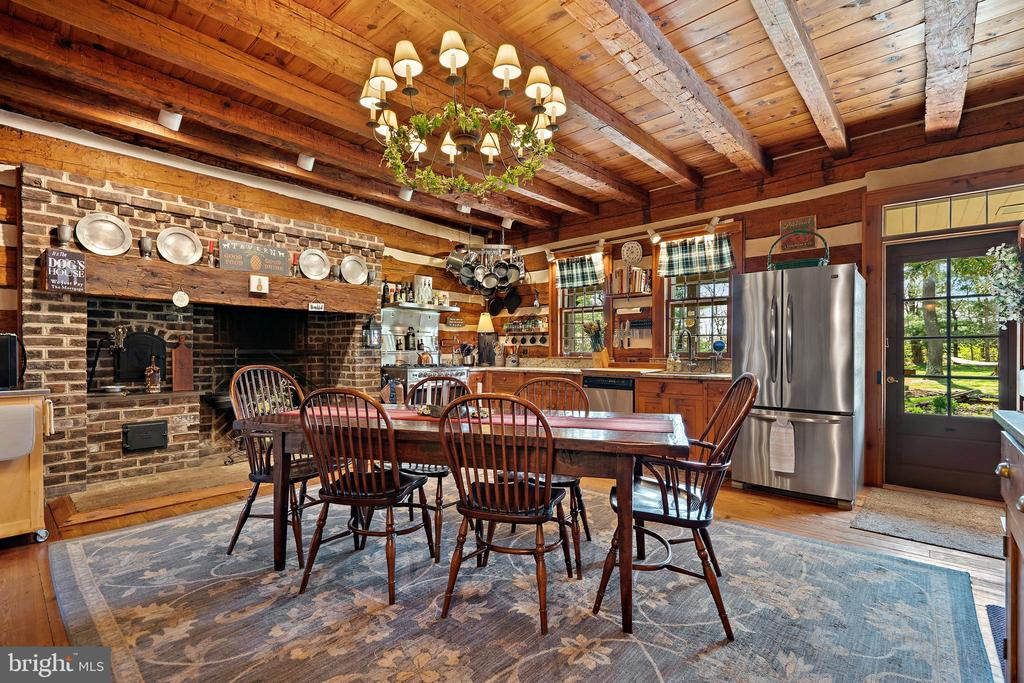 Kitchen - 37670 CHAPPELLE HILL RD, PURCELLVILLE