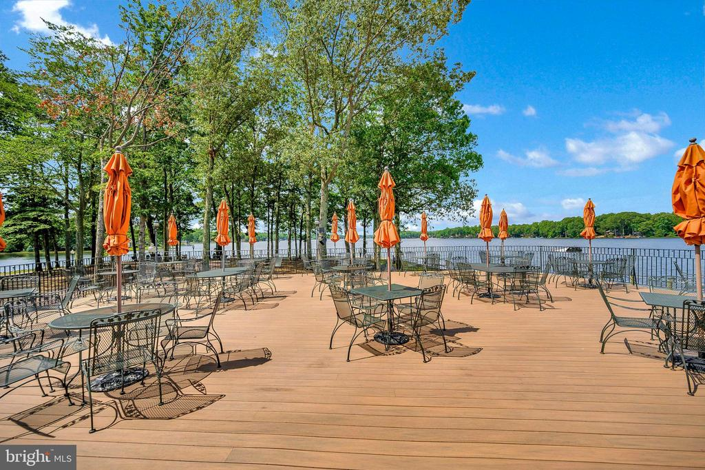 Patio Dining at Club House - 1106 LAKEVIEW PKWY, LOCUST GROVE