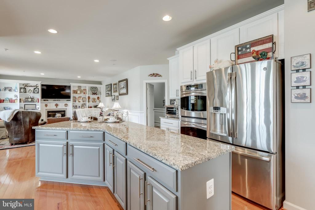 Double wall ovens! - 113 MAROON CT, FREDERICK