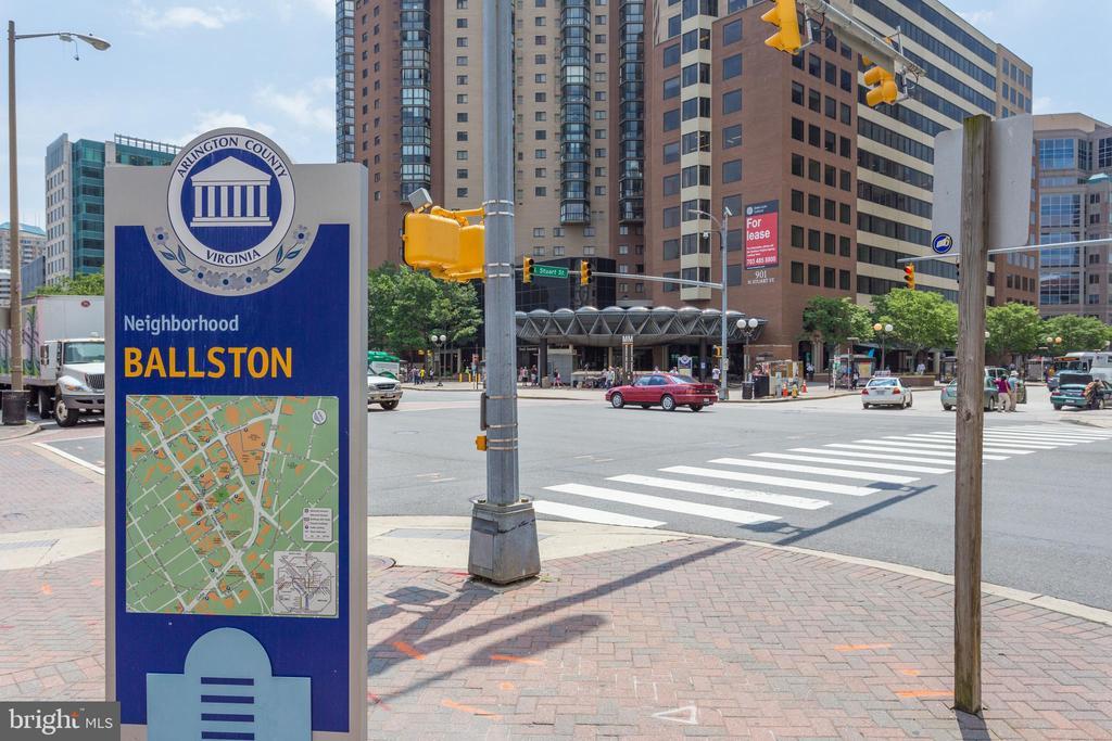 Superb Ballston/Virginia Square Location - 820 N POLLARD ST #208, ARLINGTON