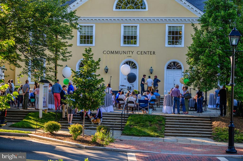 Enjoy events at the Middleburg  Community Center - 21943 ST LOUIS RD, MIDDLEBURG