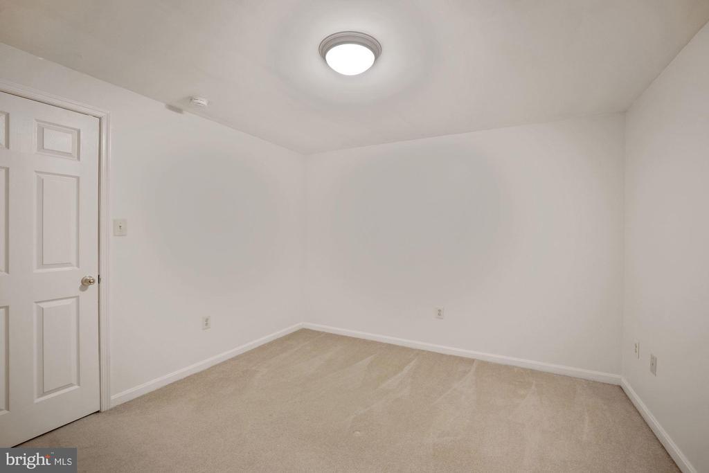 Another view of bonus room - 1306 MONROE ST, HERNDON