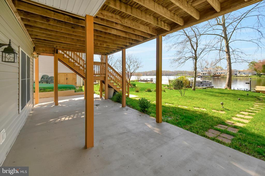 Hang your swing or hammock and take in the view - 112 WOODLAWN TRL, LOCUST GROVE