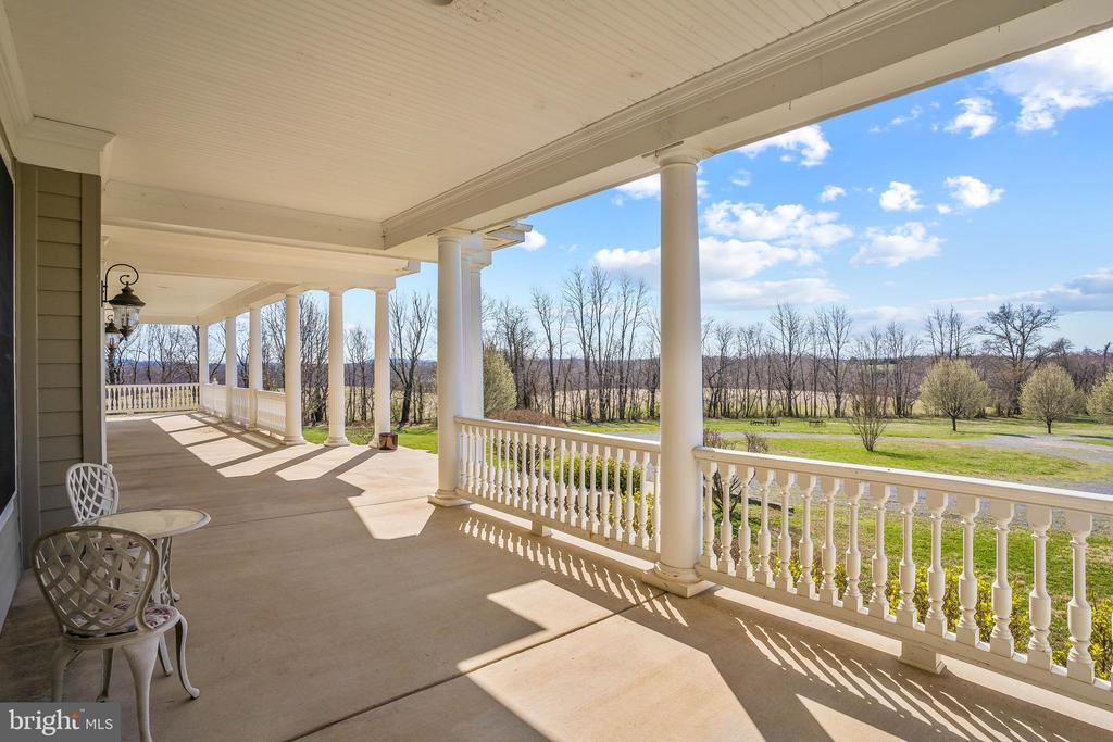 Large Wrap Around Porch With Amazing Views - 11170 GEORGES MILL RD, LOVETTSVILLE
