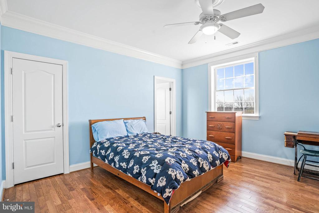 Upstairs Bedroom #2 - 11170 GEORGES MILL RD, LOVETTSVILLE