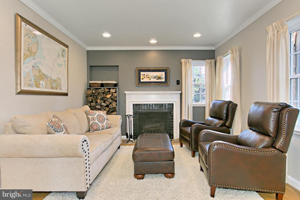 Living Room with Fireplace - 1201 SEATON LN, FALLS CHURCH