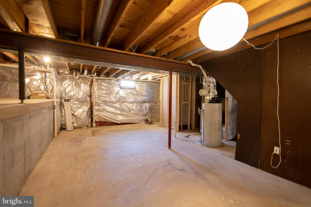 UNFINISHED PORTION OF BASEMENT - 12649 TERRYMILL DR, HERNDON