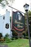 Enjoy nearby places to eat - 21943 ST LOUIS RD, MIDDLEBURG