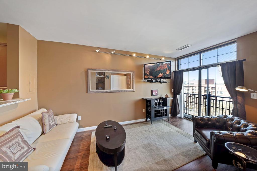 Living space - 1111 25TH ST NW #918, WASHINGTON