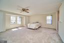 Enormous Master Bedroom w/ lots of closets - 9512 BURNING BRANCH RD, BURKE