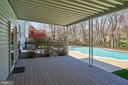 Lovely outdoor entertaining areas - 9512 BURNING BRANCH RD, BURKE