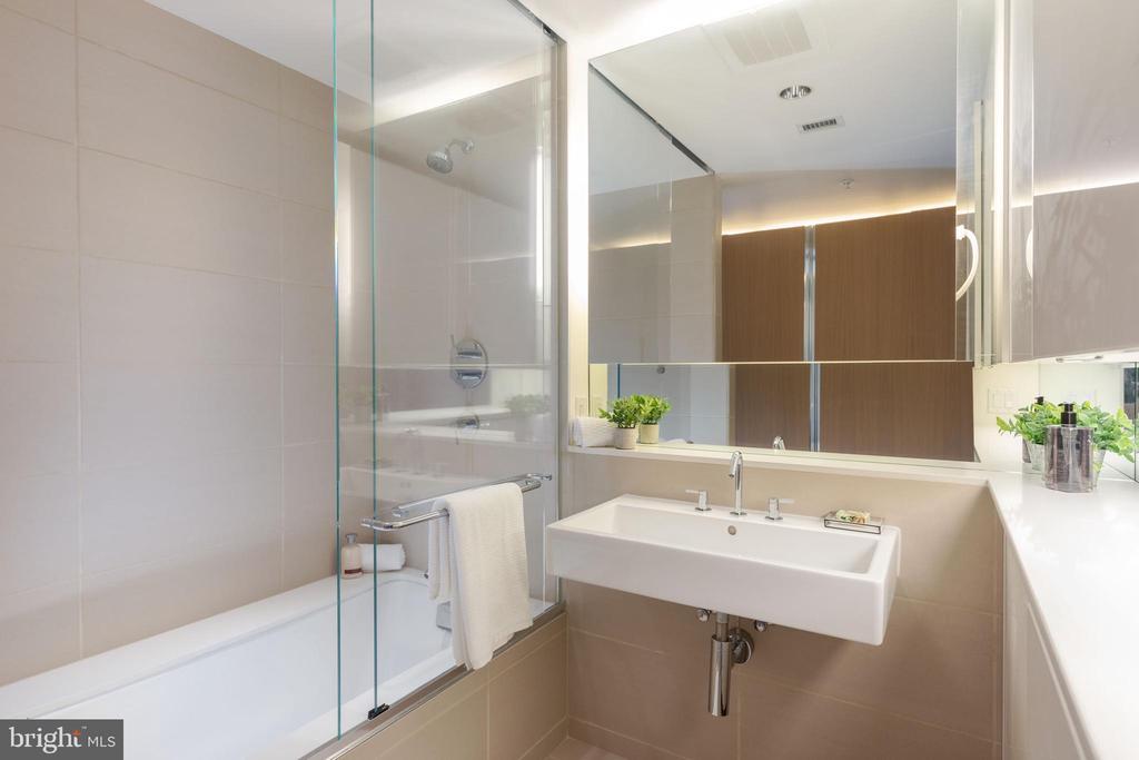 Second Full Bathroom - 920 I ST NW #510, WASHINGTON