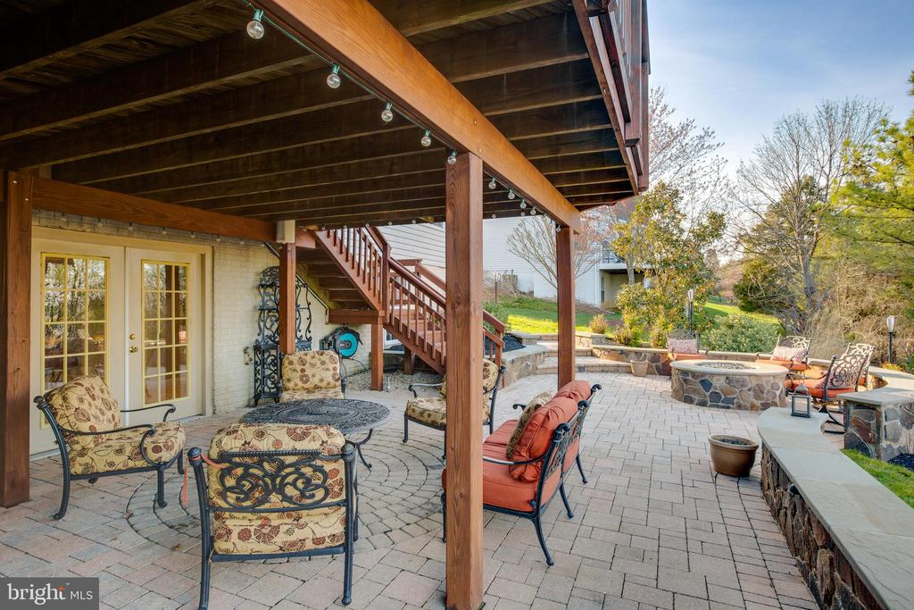 Beautiful patio with gorgeous views!!!! - 620 SE CURTIN PL SE, LEESBURG