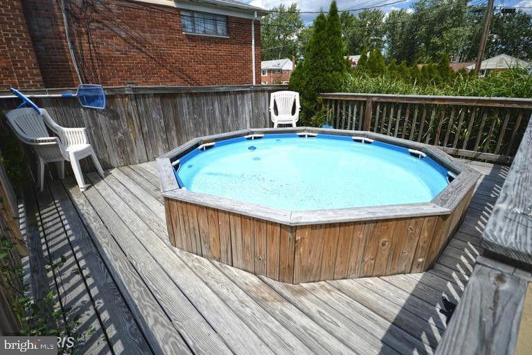 Personal Pool/Spa - 5806 FLANDERS ST, SPRINGFIELD
