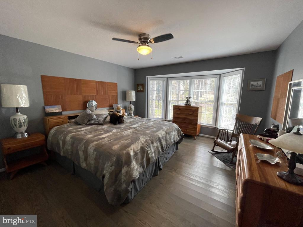 Main Level bedroom 1 - 105 JEFFERSON AVE, LOCUST GROVE