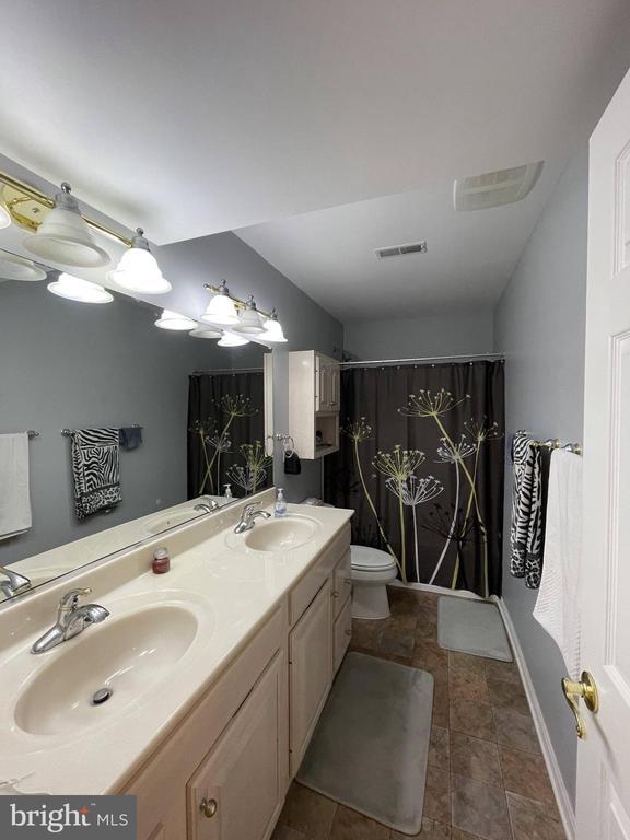 Basement bathroom - 105 JEFFERSON AVE, LOCUST GROVE