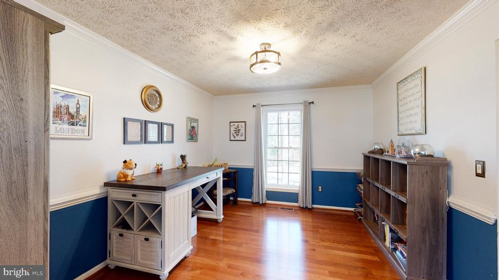 Formal dining room or home office! - 3014 MEDITERRANEAN DR, STAFFORD