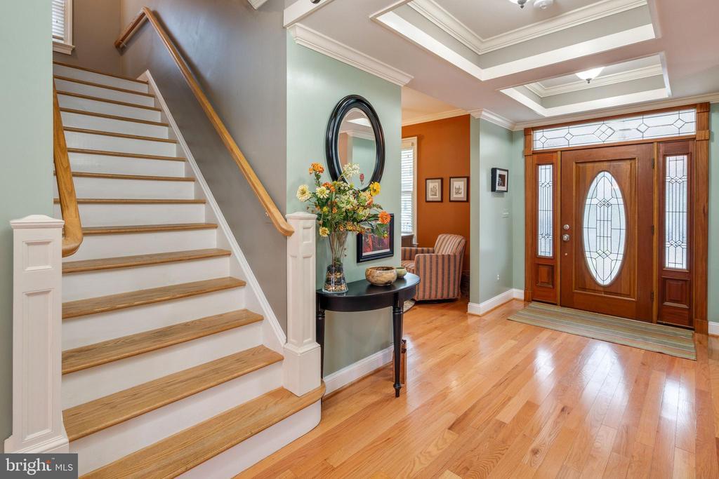 Stairs to upper level - 1244 MONROE ST NE, WASHINGTON