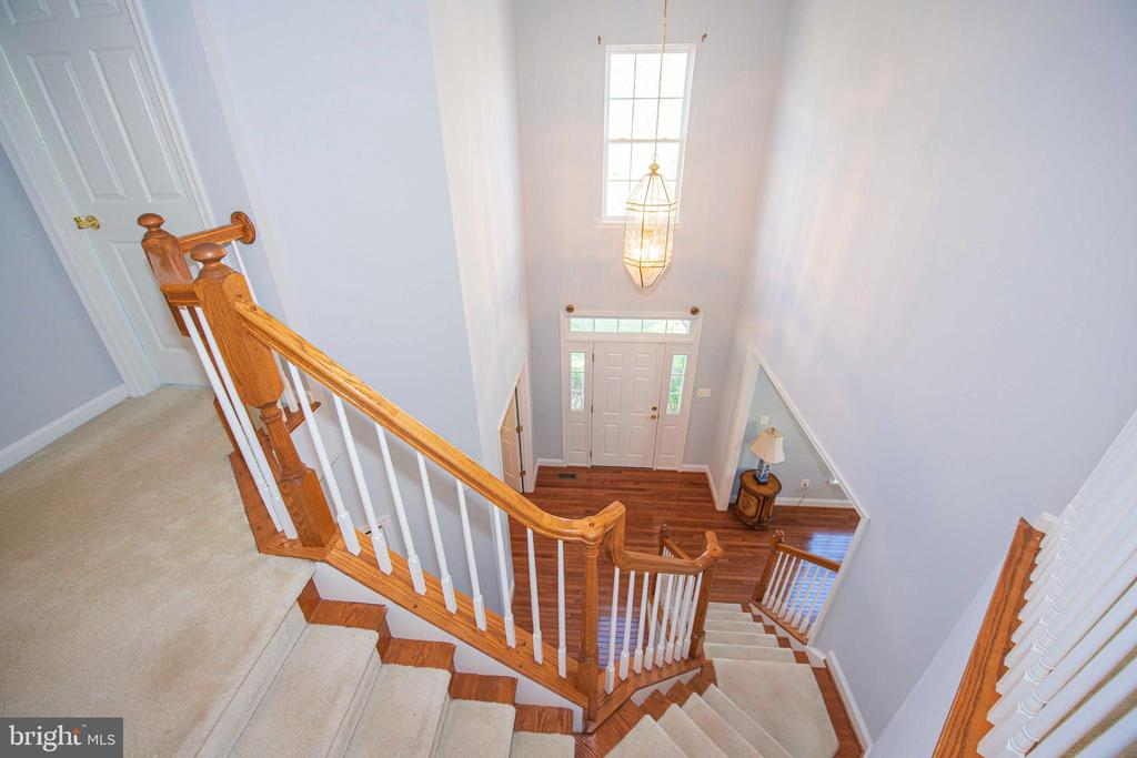 Foyer view from bedroom level - 11413 RAMSBURG CT, NORTH POTOMAC