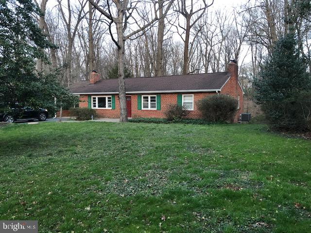 Gorgeous 2.7 acre lot!! - 9365 CAMPBELL RD, VIENNA