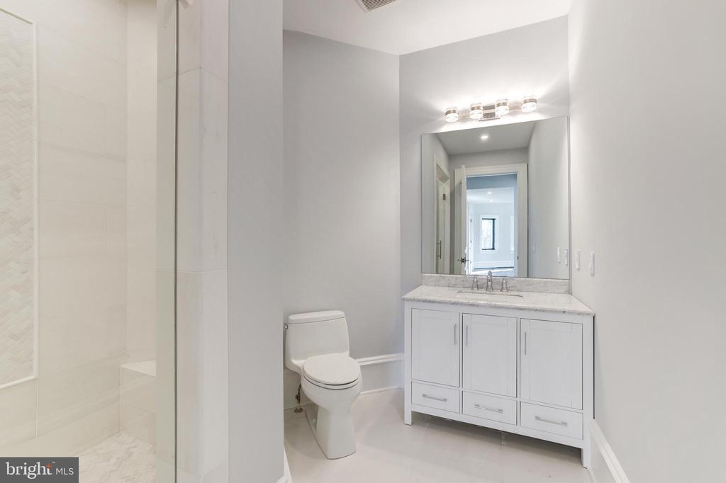 Bath for Bedroom #5 - 1332 MCCAY LN, MCLEAN