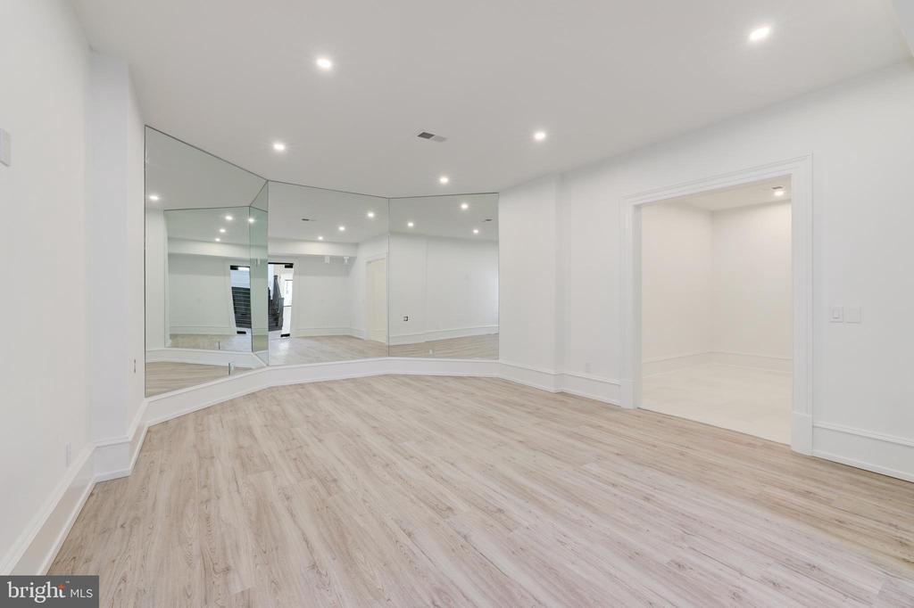 Fitness Room - 1332 MCCAY LN, MCLEAN