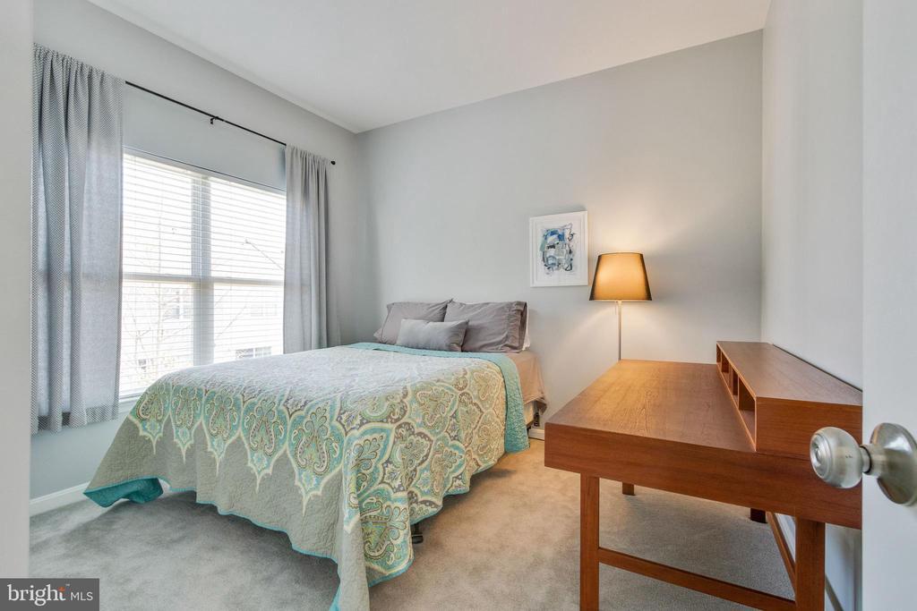 2nd Bedroom - 21786 JARVIS SQ, ASHBURN