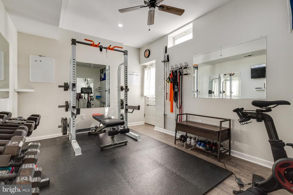 Workout room/hobby room/office w/ext access - 15659 ALTOMARE TRACE WAY, WOODBRIDGE