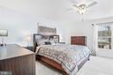 Roomy yet comfortable! - 43191 BURSTALL CT, LEESBURG