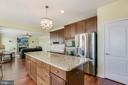 Kitchen - 21251 FAIRHUNT DR, ASHBURN