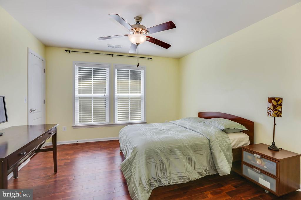 Bedroom - 21251 FAIRHUNT DR, ASHBURN