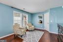 Sitting area owners suite - 21251 FAIRHUNT DR, ASHBURN